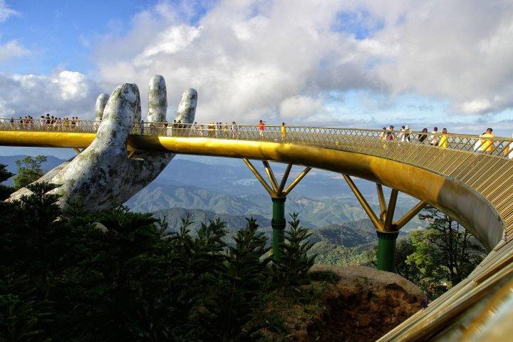 goldenbridge - VIETNAM-TRAVEL-TOURISM-LIFESTYLE